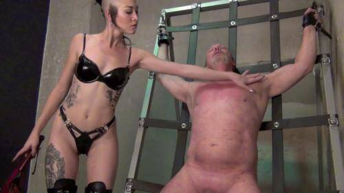 Madam Luzia Lowe - A WELL DESERVED THRASHING [HD, 720p] [Clips4sale.com] - Femdom