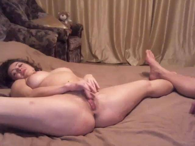 Caramelca with big boobs on bed! [SD, 480p] - Amateur Sex
