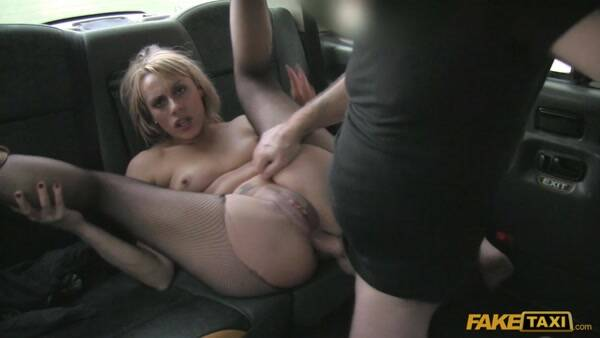 Sex in Car: Brittany Bardot - Anal sex pays for Czech babes fare - ft1295 - MILF! (17.01.2016/SD)