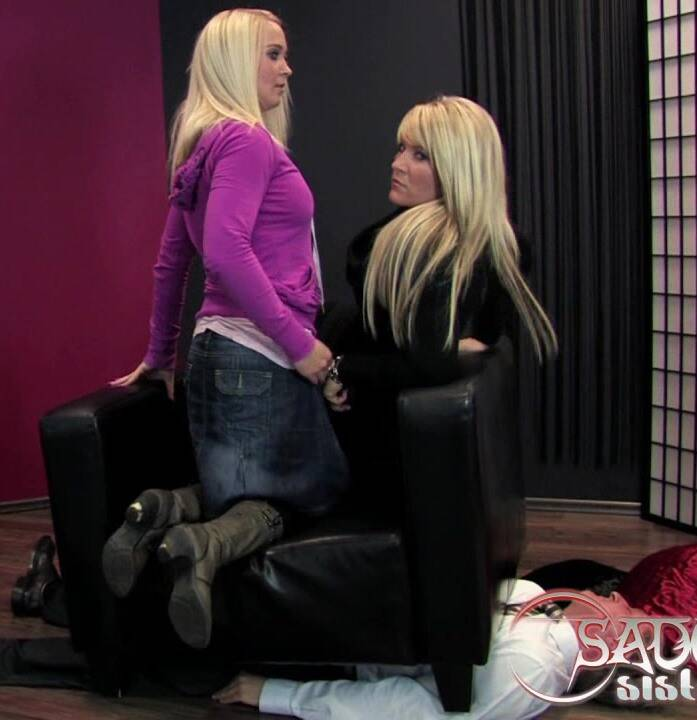 Layla, Jane in Brutal Weight Femdom   (Femdom) [HD/450 MiB] - 720p