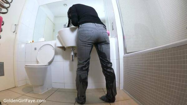 Hair Washing Grey Jeans Wetting (GoldenGirlFaye.com) [HD, 720p]