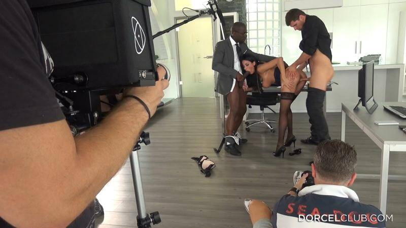 DorcelClub - Anissa Kate, Cara St Germain, Alexa Tomas, Felicia Kiss - Behind the scenes of Cara, My Submissive Secretary [2015 FullHD]