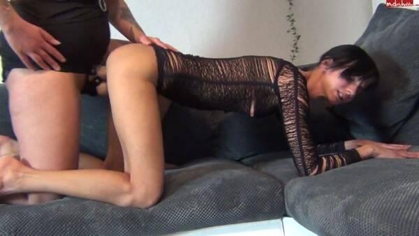 Annissa - Ich im 6 Monat Schwanger ficke die freche Gore [HD 720p] - Dirty Porn