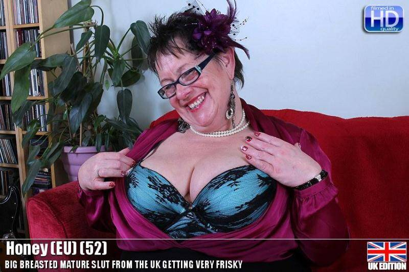 Honey (EU) (52) - Mom with big tits! [SD] - Mature.nl, Mature.eu