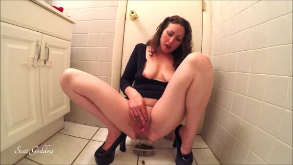 You NEED MY Shit - Amateur Shitting on webcam! EXTREME! (Scat Porn) FullHD 1080p