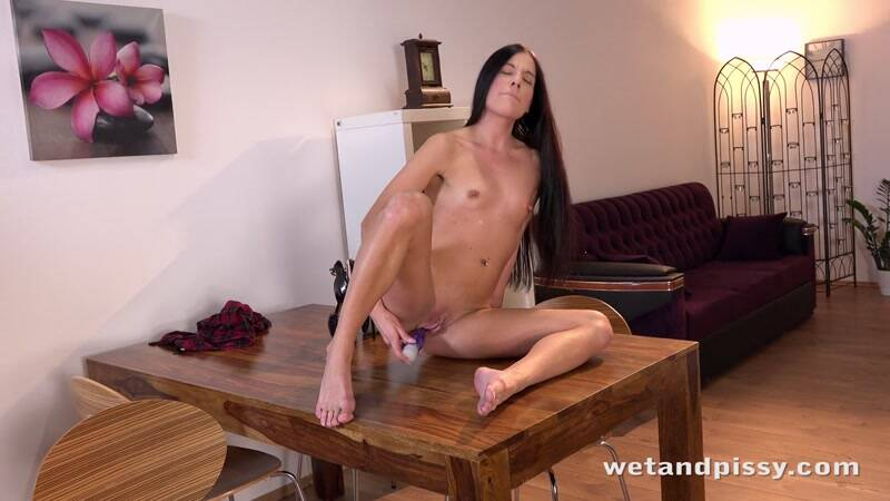 Doroty - Teen Girl Masturbate and Piss! [HD] - WP