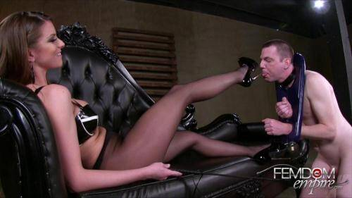 Female Domination [Mistress Brooklyn Chase and her Slave - I wear heels bigger than...] HD, 720p)