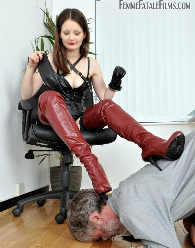 Femme Film - Mistress Arella - Whos the Boss?  [HD 720p]