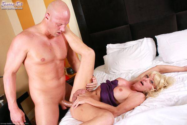 JoannaJet.com: Joanna Jet & Christian - Shemale Cougar 6 - Morning Treat (01 Jan 2016/HD)