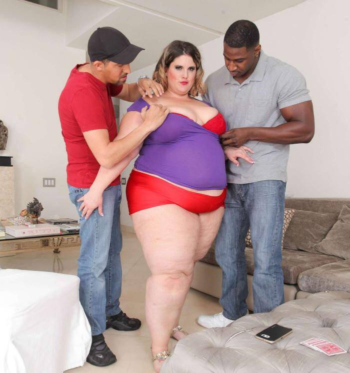 PlumperPass: Erin Green - Big Dick Poker  [HD 720p] (992 MiB)