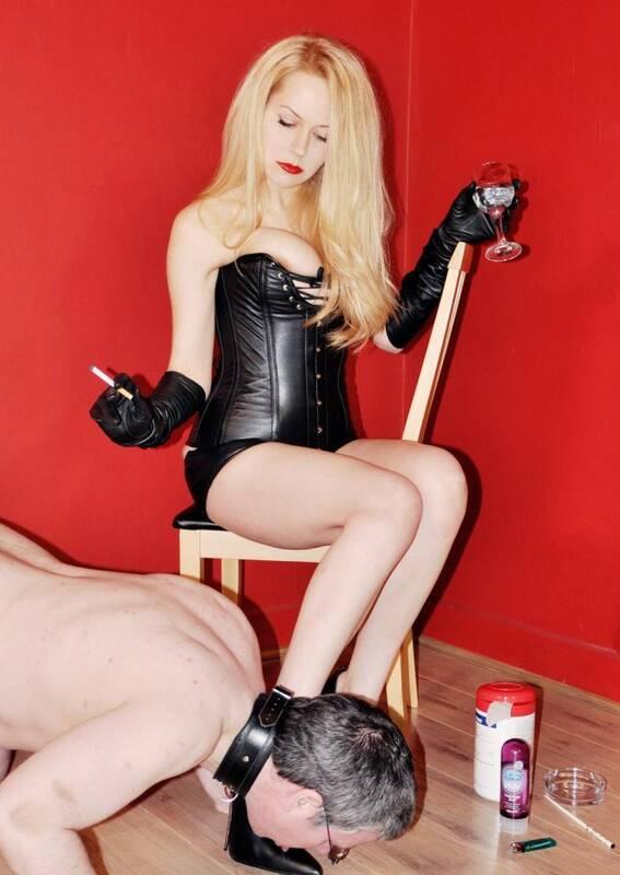 Femme Film - Mistress Eleise de Lacy - A Sound Wanking  [HD 720p]