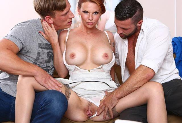 Hard DP with 2 strangers for my wife Tarra White [DorcelClub] 1080p