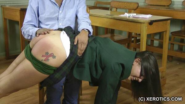 Spanking for a Smoker (HDSpank, xErotics) HD 720p