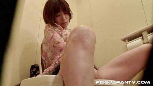 PissJapanTV.com: Cumming Loudly (21.01.2016/HD)