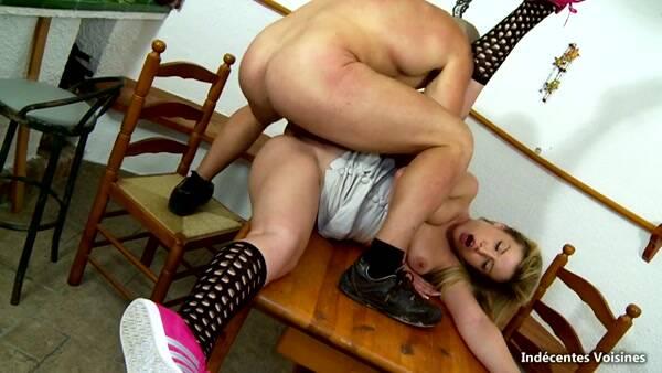 Jeune racaille punie par le cul ! [French Porn] 360p
