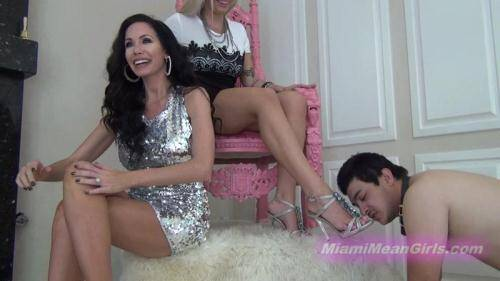 Randi - Foot gagged by hot girls [FullHD, 1080p] [MiamiMeanGirls.com] - Femdom