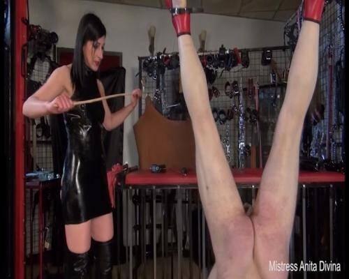 Mistress Anita Divina - Spanking her Slave [SD, 576p] [Clips4sale.com] - Femdom