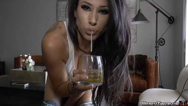 MistressTangent.com - Drink my piss slave! [HD, 720p]