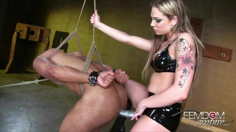 FE: Stretched Slave Hole [HD] (487 MB)