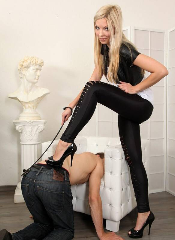HotSpankingGirls.com - Denise - Blonde spanking girl  [HD 720p]