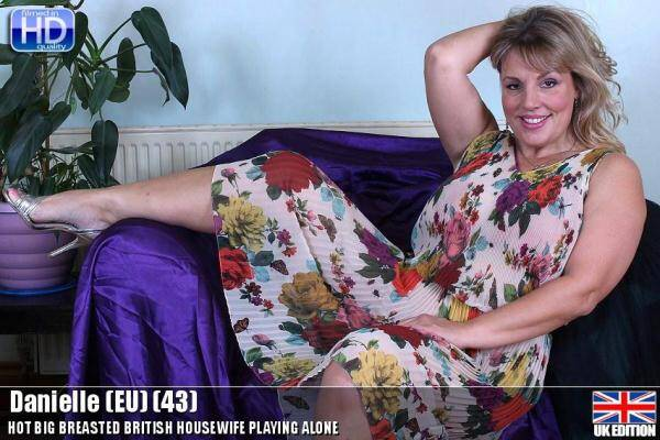 Danielle (EU) (43) - Masturbation - 20339 (Mature.nl/Mature.eu) [SD, 540p]