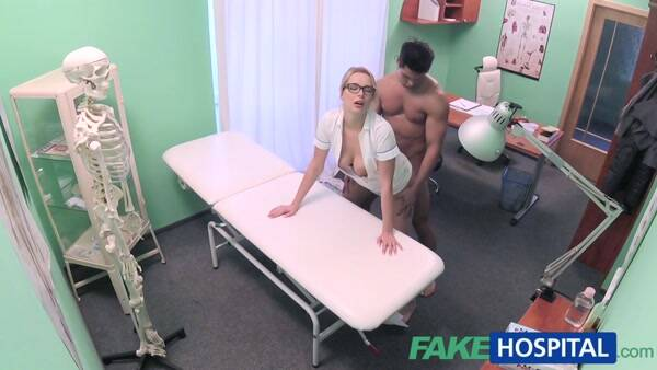 Fuck Hospital - Nikky Dream - Patient gets the sexy treatment (Hidden Camera) [SD, 480p]