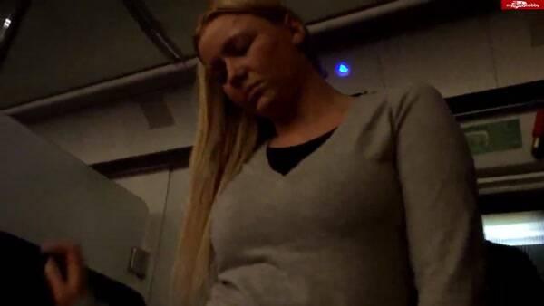 Hot Dirty Girl [Bi X - Fieser Uberfall - Das ist mir noch nie passiert] (HD, 720p)