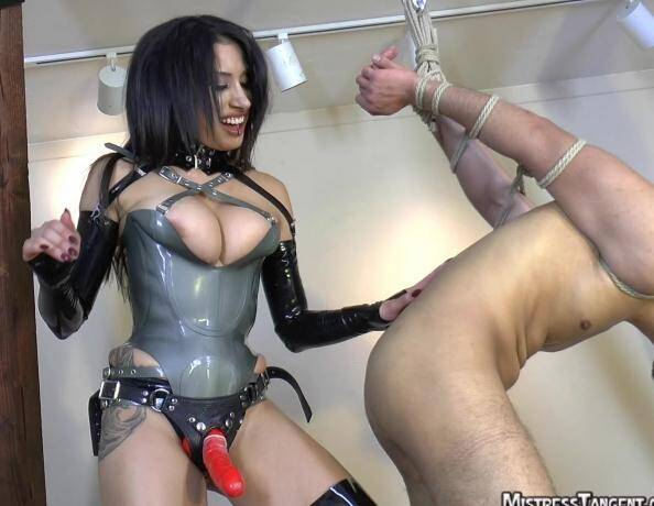 MistressTangent.com/Clips4sale.com - Mistress Tangent - Taking A Stand (Strapon) [HD, 720p]