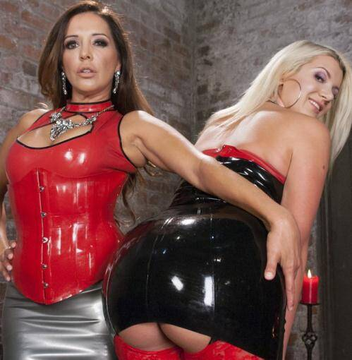 EveryThingButt.com/Kink.com - Francesca Le, Layla Pryce [Big Booty Layla Pryce is Francesca Les Anal Submissive] (SD 540p)