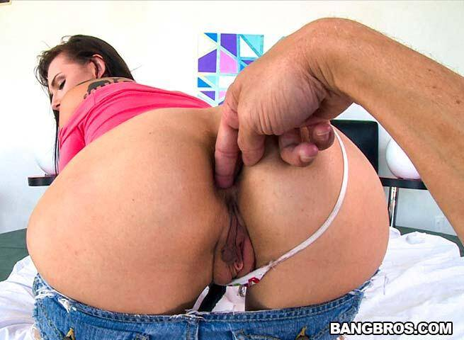 BangPOV.com - Long dick that tight asshole in Aidra Fox (Anal) [SD, 480p]