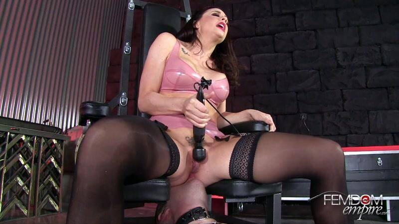 This Pussy Owns You - Oral Service! [FullHD] - Female Domination