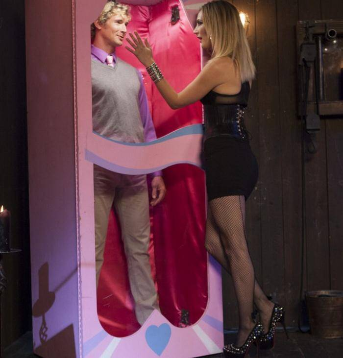 DivineBitches.com/Kink.com - Mona Wales  - Sadistic Barbie Breaks Ken Doll  [SD 540p]