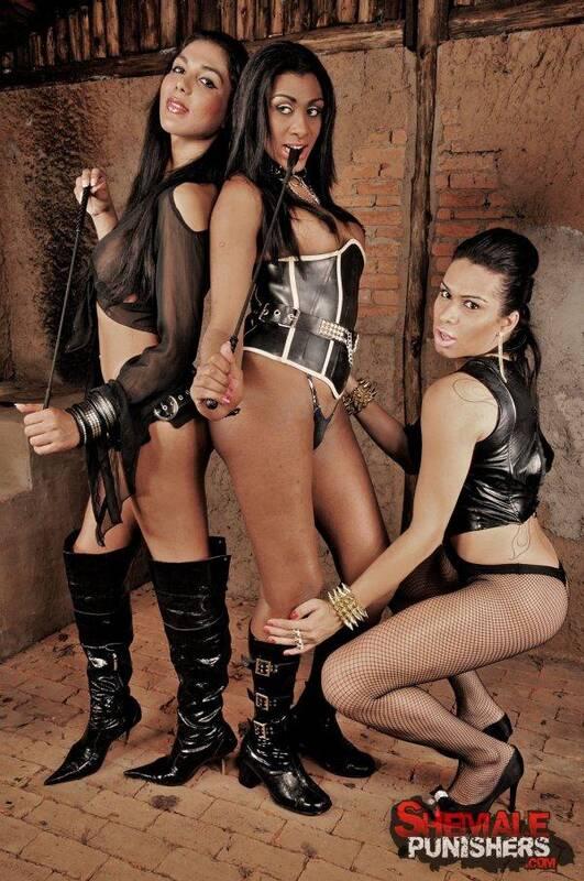 ShemalePunishers.com/TrannyPack.com: Agatha Trajano, Daphynne Duarth, Yasmin Andrade - Extreme Shemale Domination Action [HD] (476 MB)