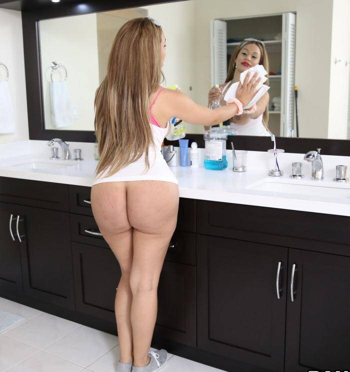MyD1rtyM41d.com/B4ngBr0s.com - Samantha Bell - Big Booty Latina Maid Gets PIPED  [FullHD 1080p]