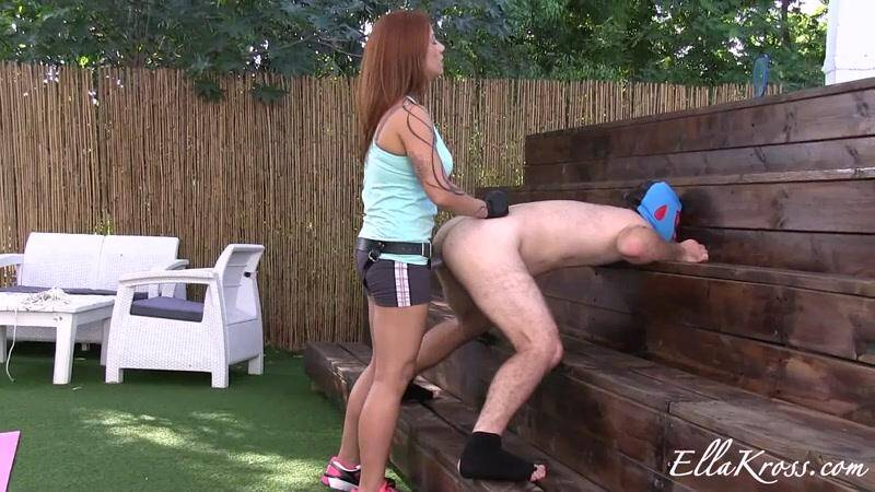 EK: Punishing This Worthless Slave with My Big Strap-On! [FullHD] (723 MB)