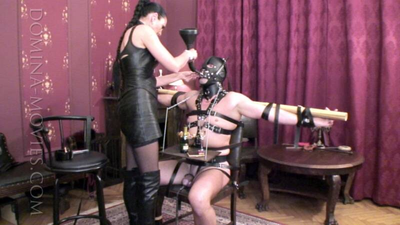 Clips4sale.com: Madame Catarina - Human Furniture - The Table - Entire Movie! [HD] (1.99 GB)