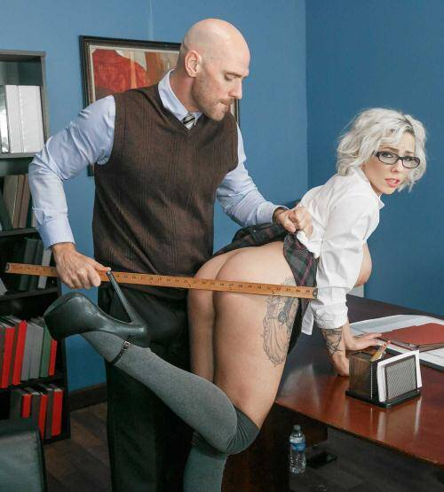 Tits School - Harlow Harrison [The Deans Slut] (SD 480p)