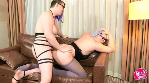 Domena Vi & Fyrscha - BBW Tranny Fucking! [HD, 720p] [Tgirls.porn] - Shemale
