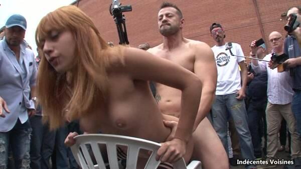 Grosse salope baisee en public lors d'un evenement JetM ! [SD] - Indecentes