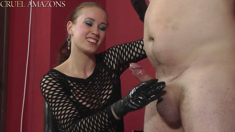 CruelAmazons.com: Blowing His Mind [HD] (414 MB)