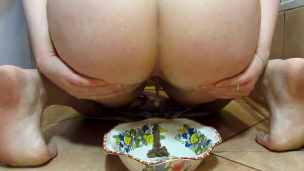 Scat and pissing in a bowl for you! Food is for you! Solo Scat! (Scat Porn) FullHD 1080p