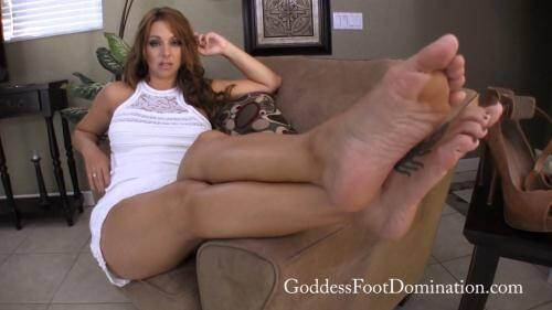 GoddessFootDomination.com [Goddess Brianna - Brianna Seeks New Footboi] FullHD, 1080p)
