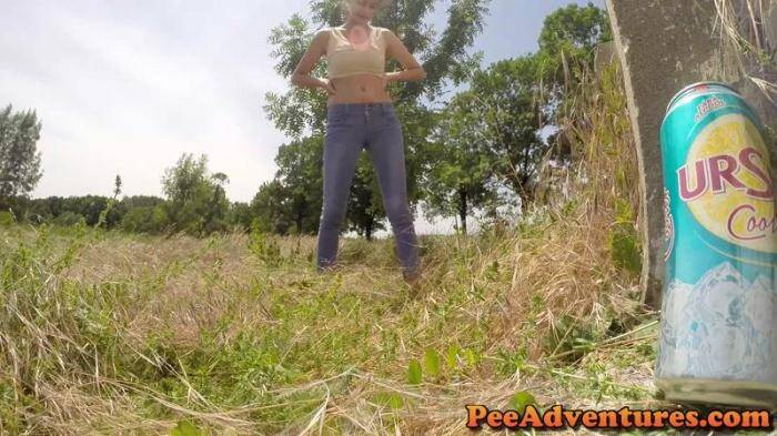 PeeAdventures.com - A hard pee in public! (Pissing) [FullHD, 1080p]