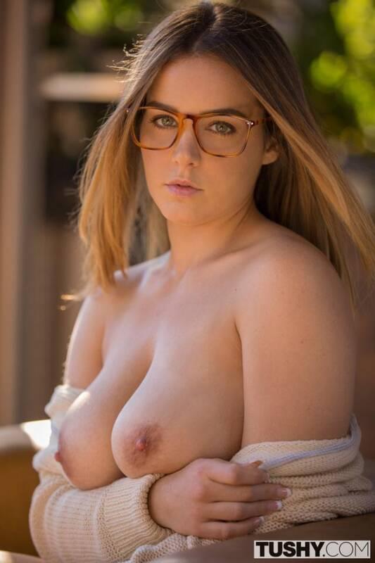 Tushy - Natasha Nice - Curvy Stepsister Takes Anal [SD 480p]