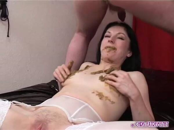 Extreme Scat - Alexia shit eat [SD 480p]