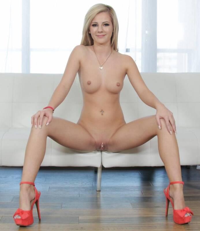 C4st1ngC0uch-X.com - Bella Rose - Casting Porn  [SD 480p]