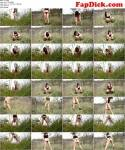 Pissing in the grass (Love2Piss) FullHD 1080p