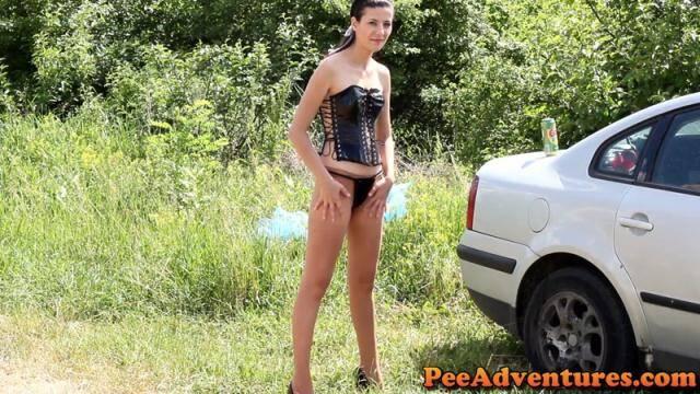 PeeAdventures.com - Wetting pantyhose [FullHD, 1080p]