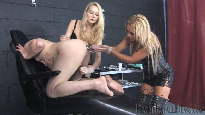 Live models for sex technique shows