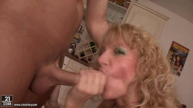 HomePornReality.com - Fucked in the alcoves [HD, 720p]